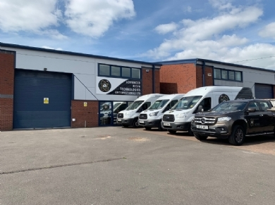 SALLOWAY DEAL BRINGS SPECIALIST FLOORING FIRM TO PRIDE PARK